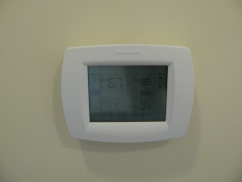NC Programmable Thermostat